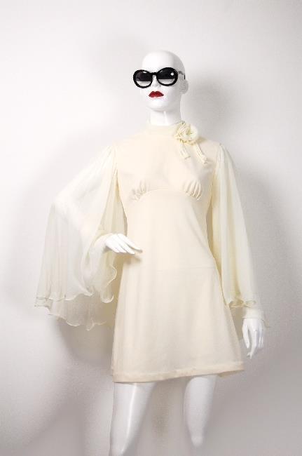 ADR001115 袖シースルーハイネックドレス