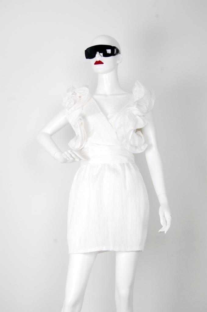 ADR001518 ホワイトドレス