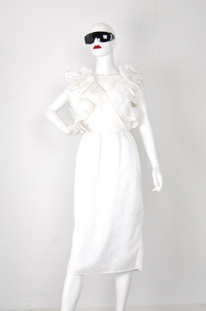 ADR001519 ホワイトドレス