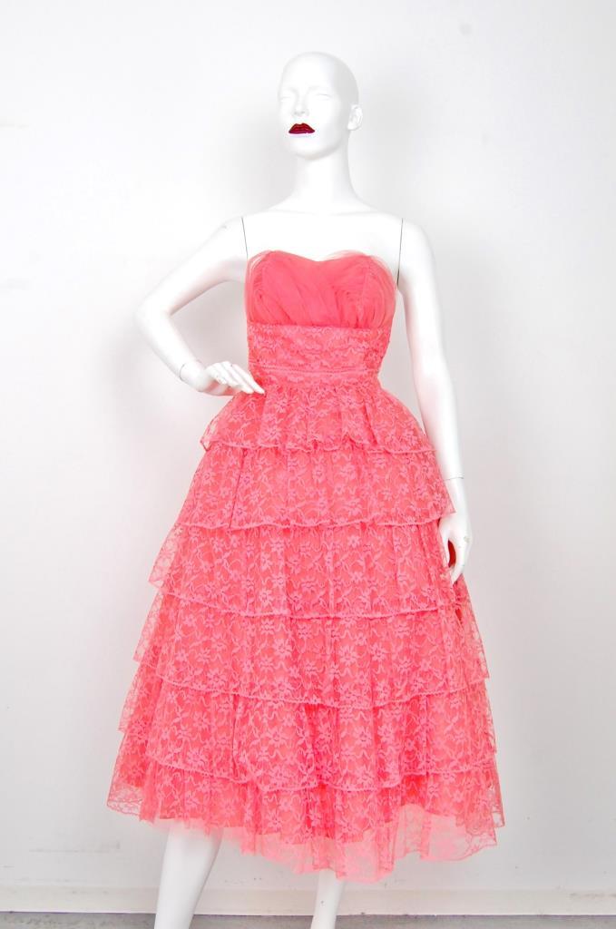 ADR001553 ピンクレースドレス
