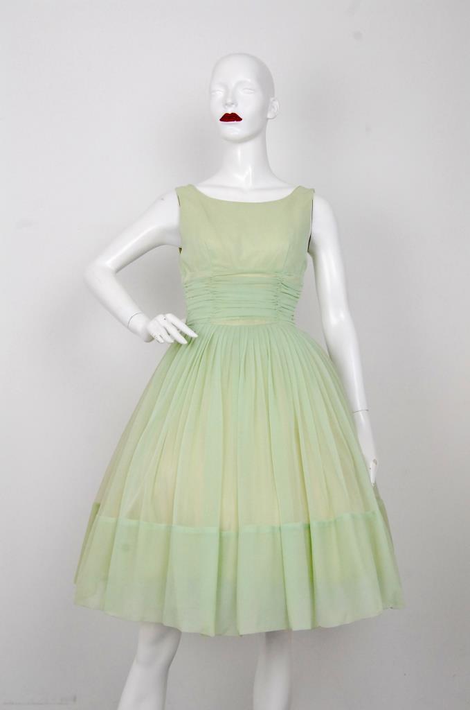 ADR001565 グリーンギャザードレス