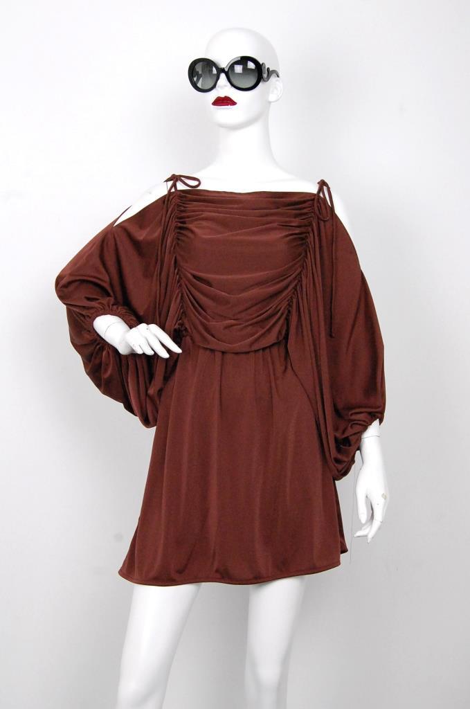 ADR001577 ブラウンギャザースリーブドレス