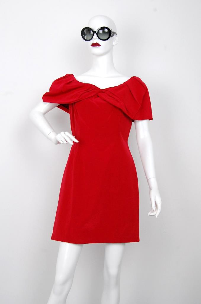 ADR001584 レッドドレス