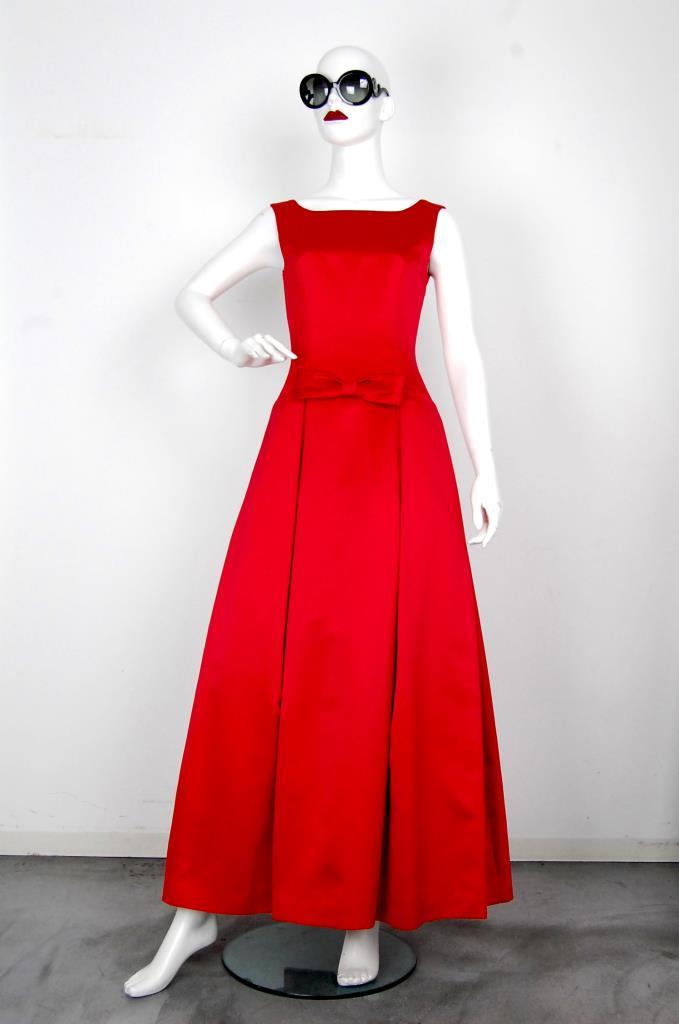 ADR001609 レッドタックスカートドレス