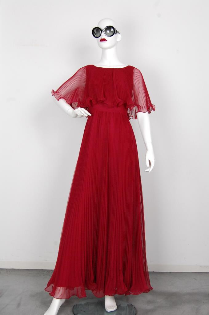 ADR001617 レッドプリーツドレス