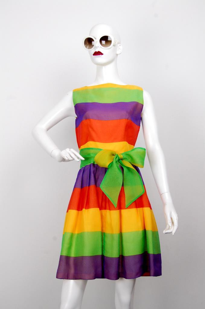 ADR001637 カラフルストライプ柄ドレス