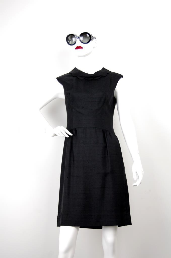 ADR001656 ブラックカラードレス