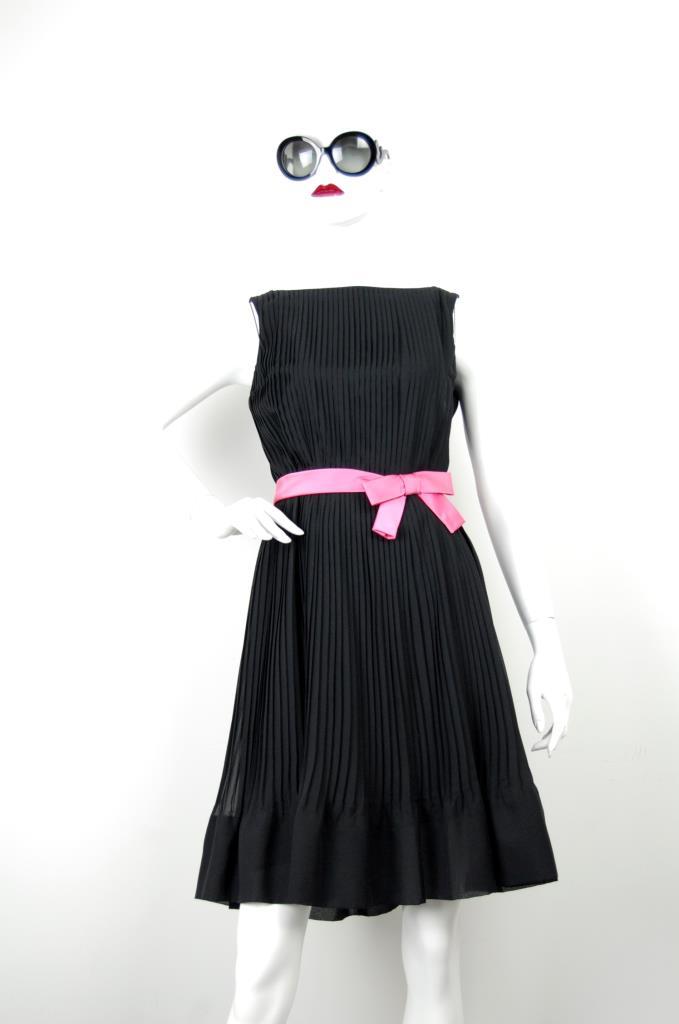 ADR001660 ブラックプリーツドレス