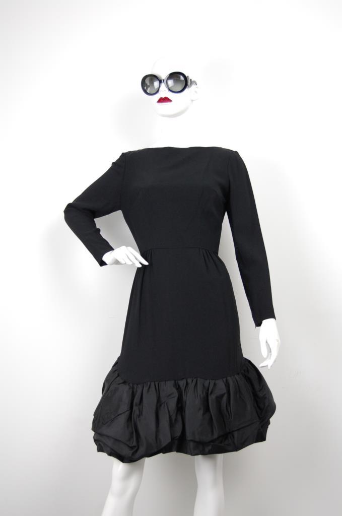 ADR001667 ブラック裾フリルドレス
