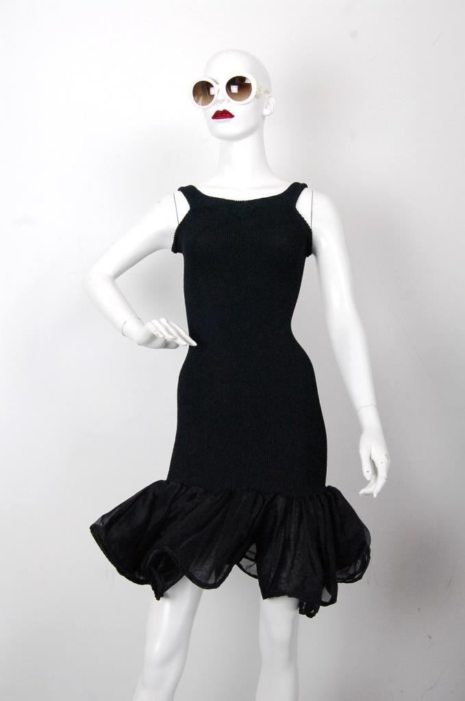 ADR001676 ブラック裾フリルドレス