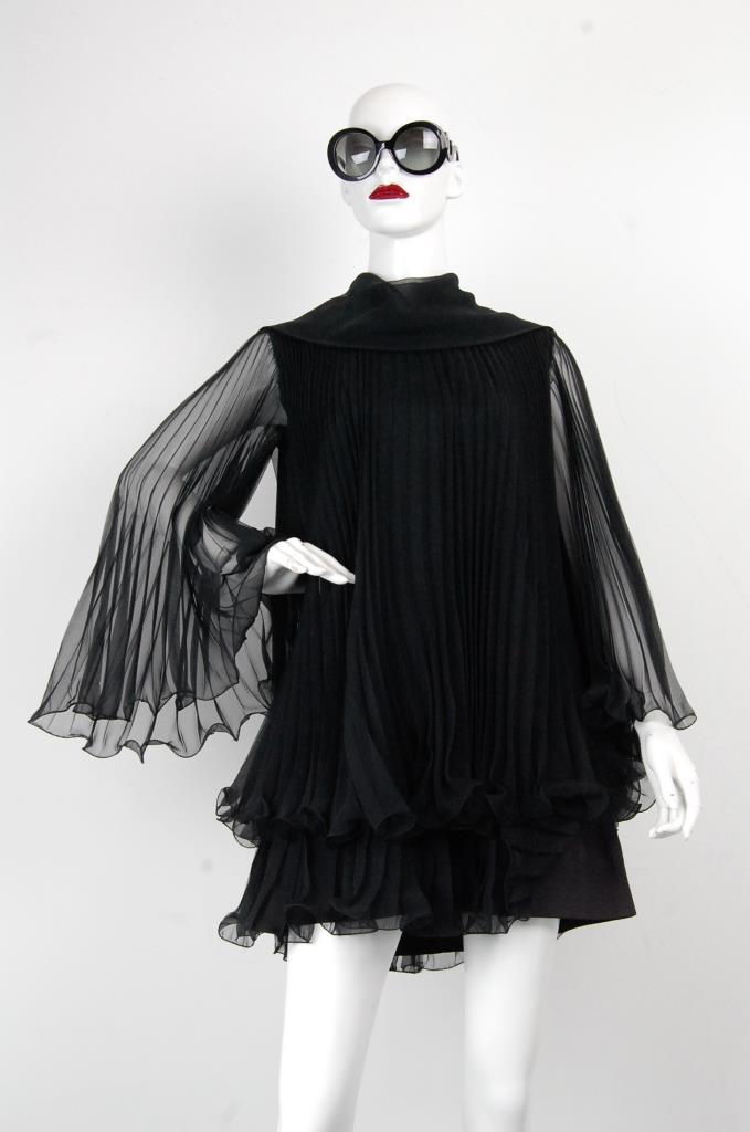 ADR001697 ブラックフレアスリーブドレス