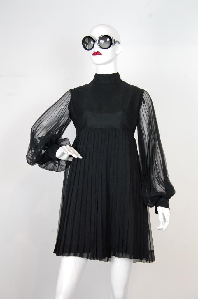 ADR001727 ブラックプリーツドレス