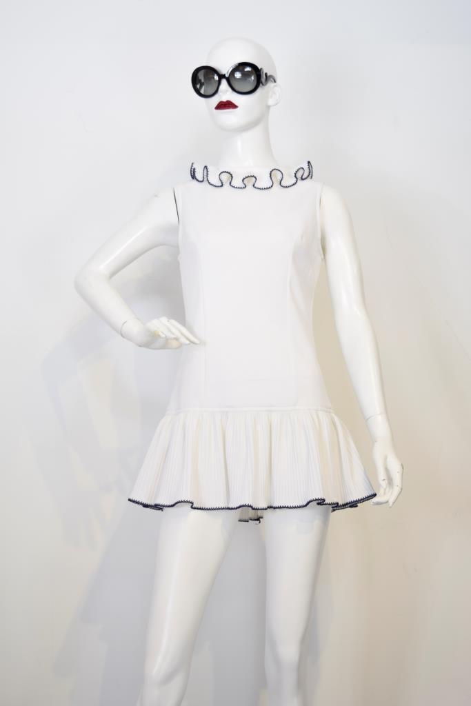 ADR001738 ホワイトフリルカラードレス