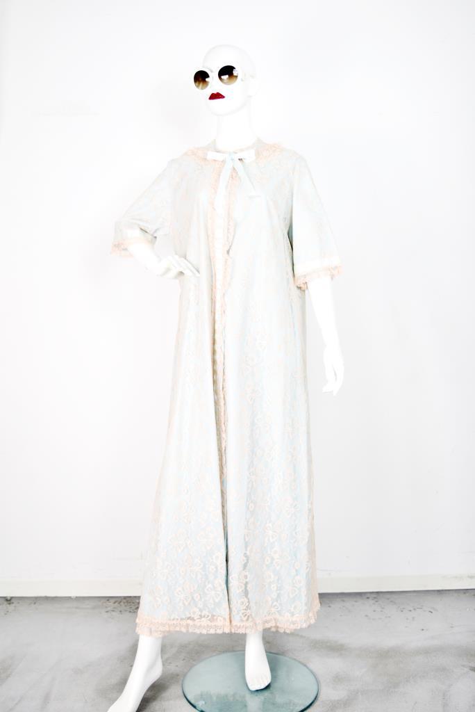 ADR001751 ホワイトレースドレス