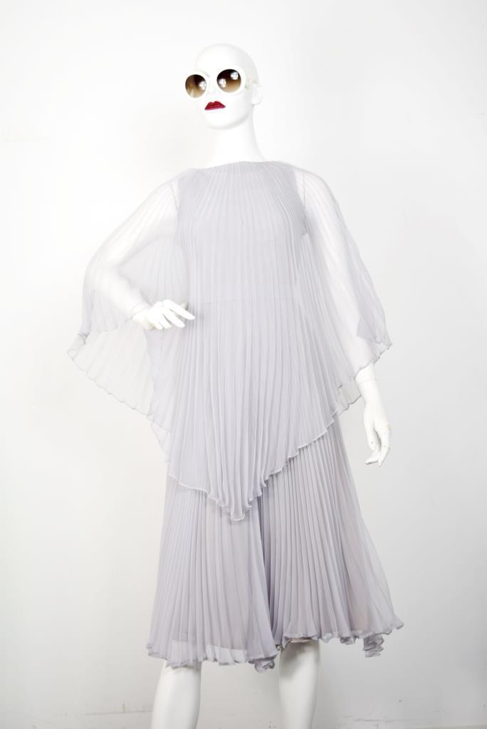 ADR001805 グレープリーツドレス