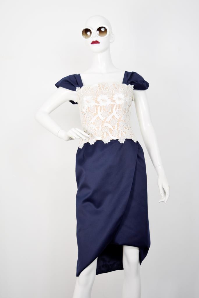 ADR001806 ネイビー刺繍ドレス
