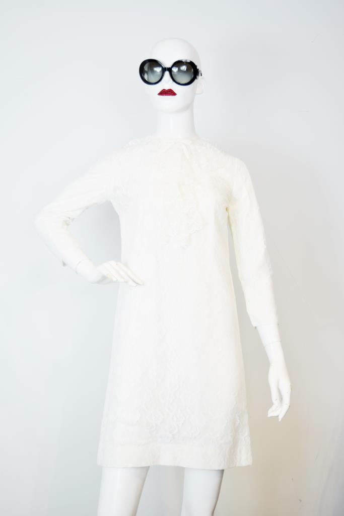 ADR001809 ホワイトロングスリーブドレス