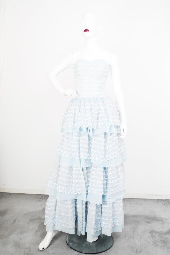 ADR001835 ブルーホワイトレースドレス