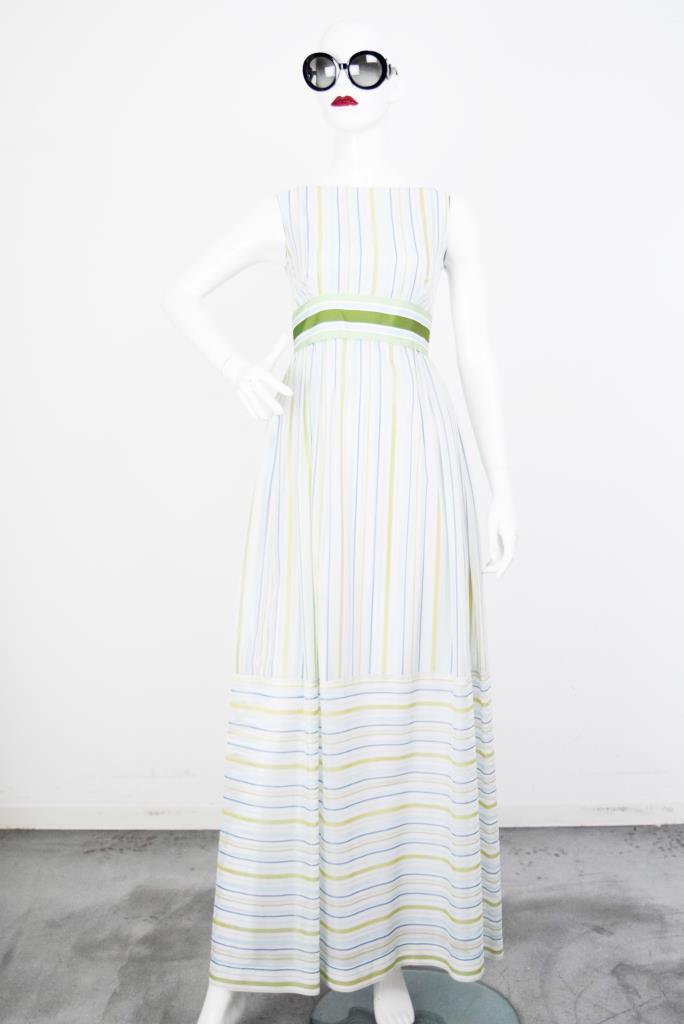 ADR001845 カラフルストライプ柄ドレス