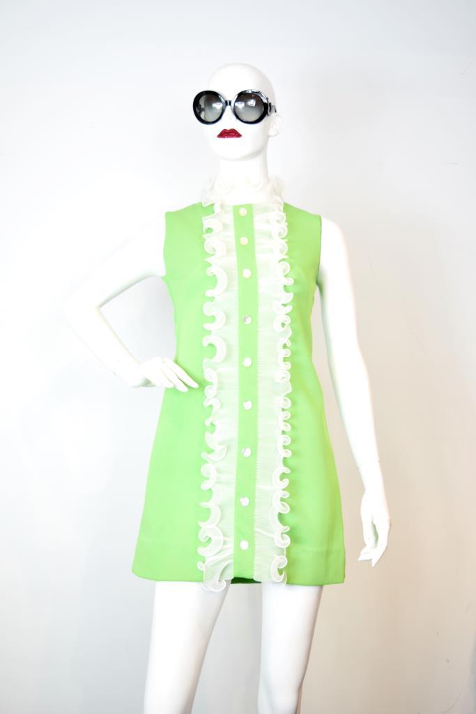 ADR001858 ライトグリーンドレス