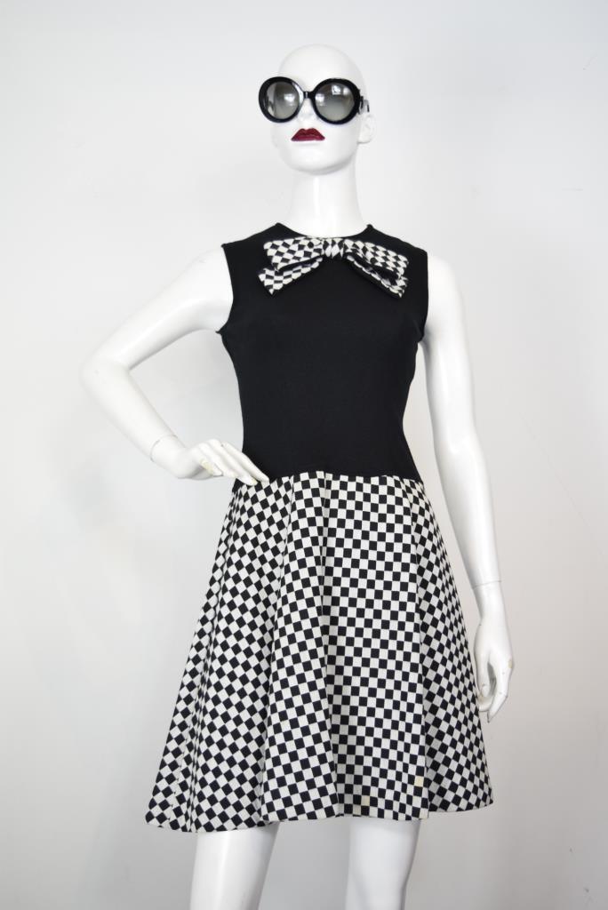 ADR001861 ブラックチェック柄ドレス