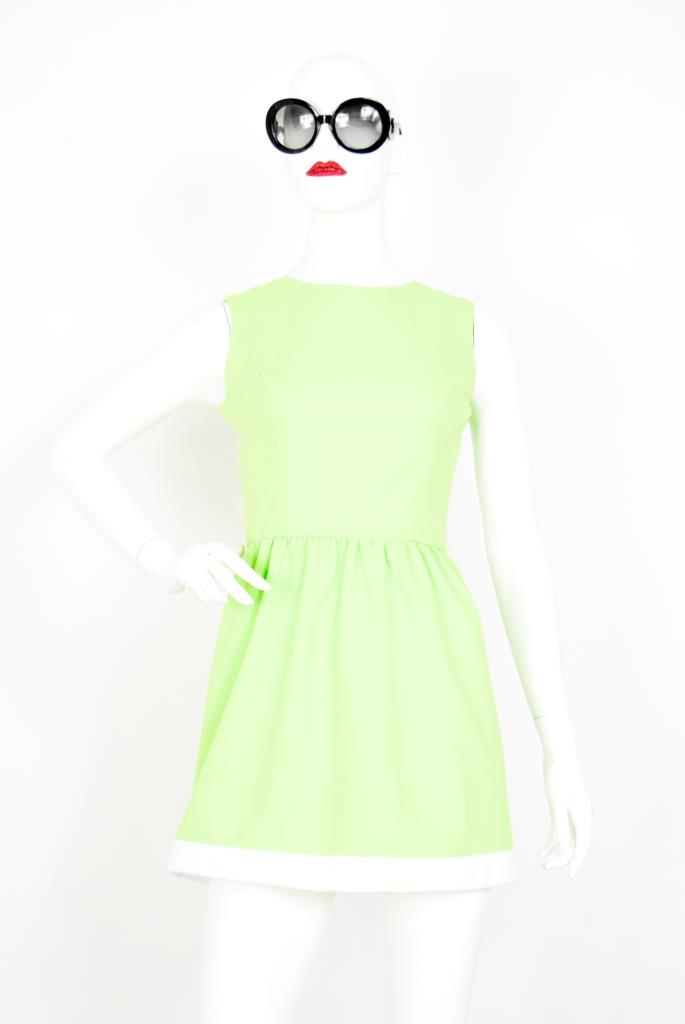 ADR001901 ライトグリーンホワイトライン