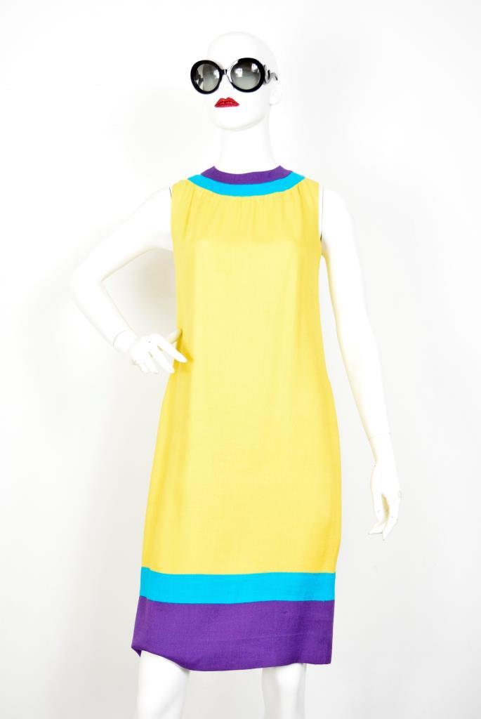 ADR001911 イエローパープルグリーンドレス