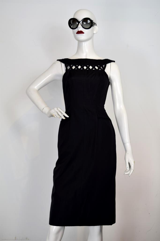 ADR001945 ブラックカットアウトドレス