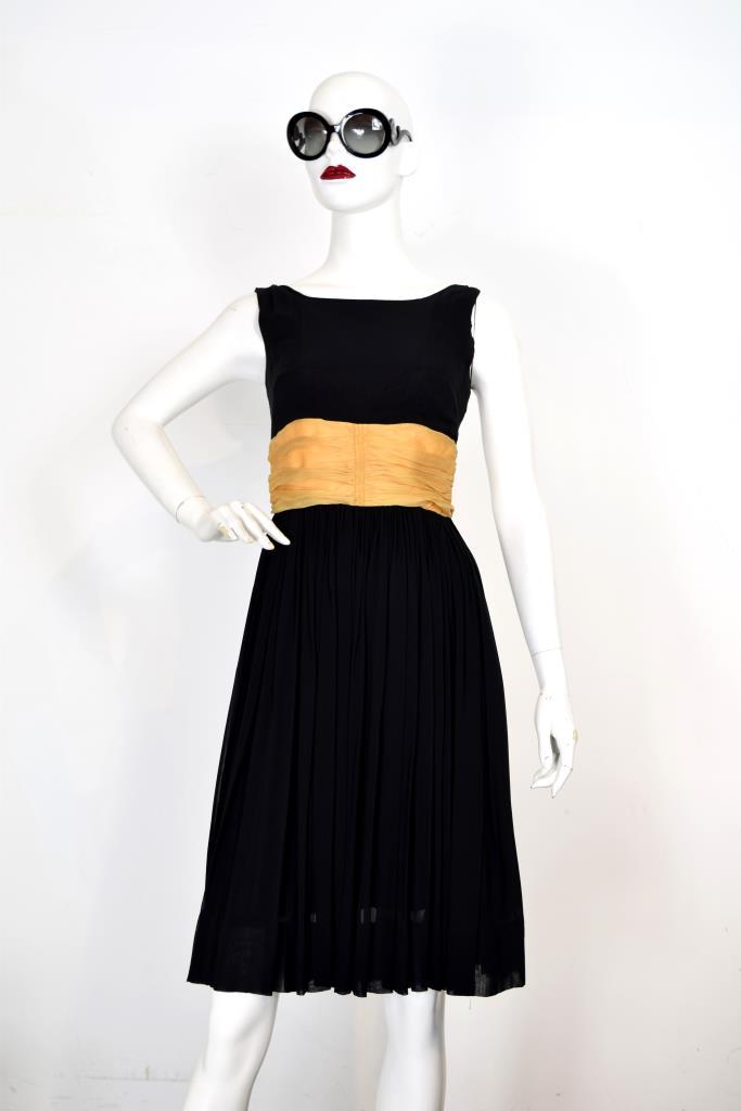 ADR001951 ブラックゴールドベルトドレス