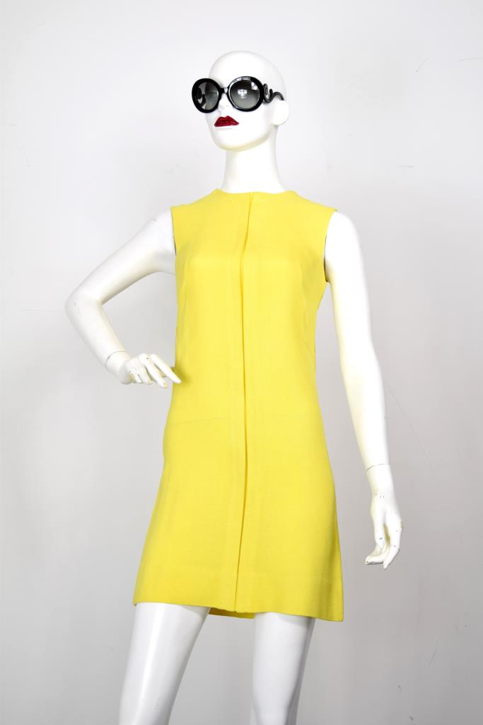 ADR001963 イエローセンタータックドレス