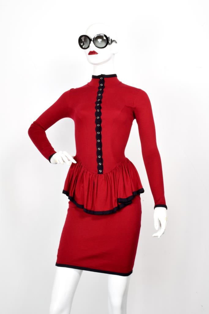 ADR001979 レッドブラックラインドレス