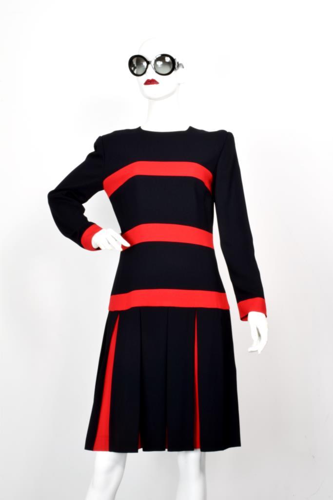 ADR001980 ブラックレッドラインドレス