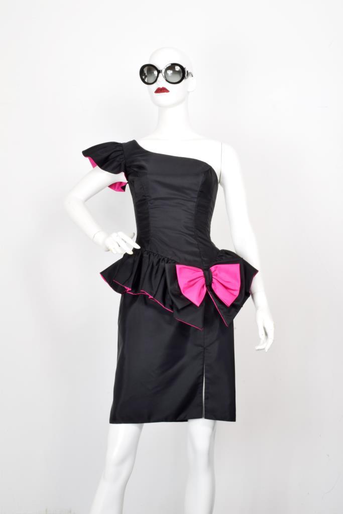 ADR001982 ブラックピンクリボンドレス