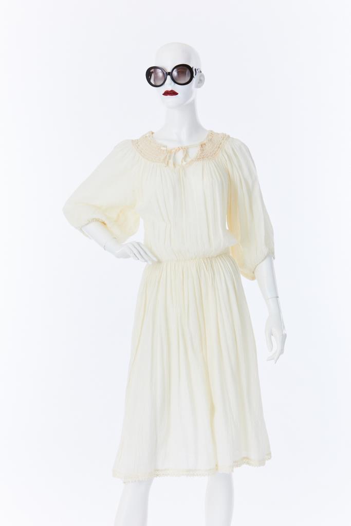 ADR500021 ホワイトドレス