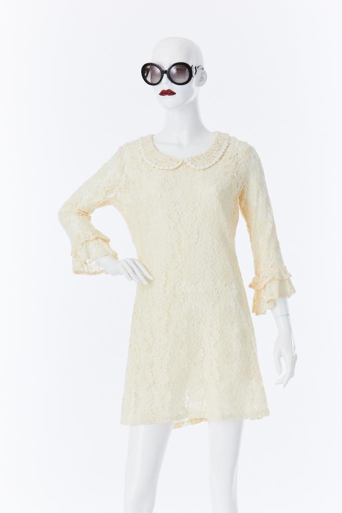 ADR500022 アイボリーレースドレス