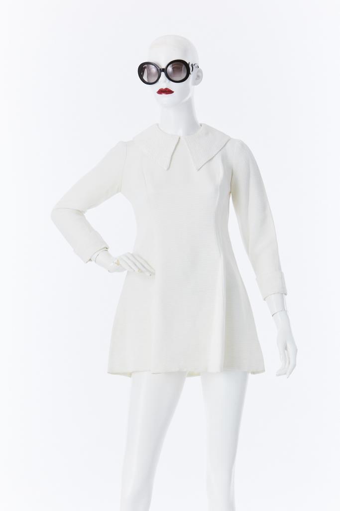 ADR500034 ビックカラーホワイトドレス