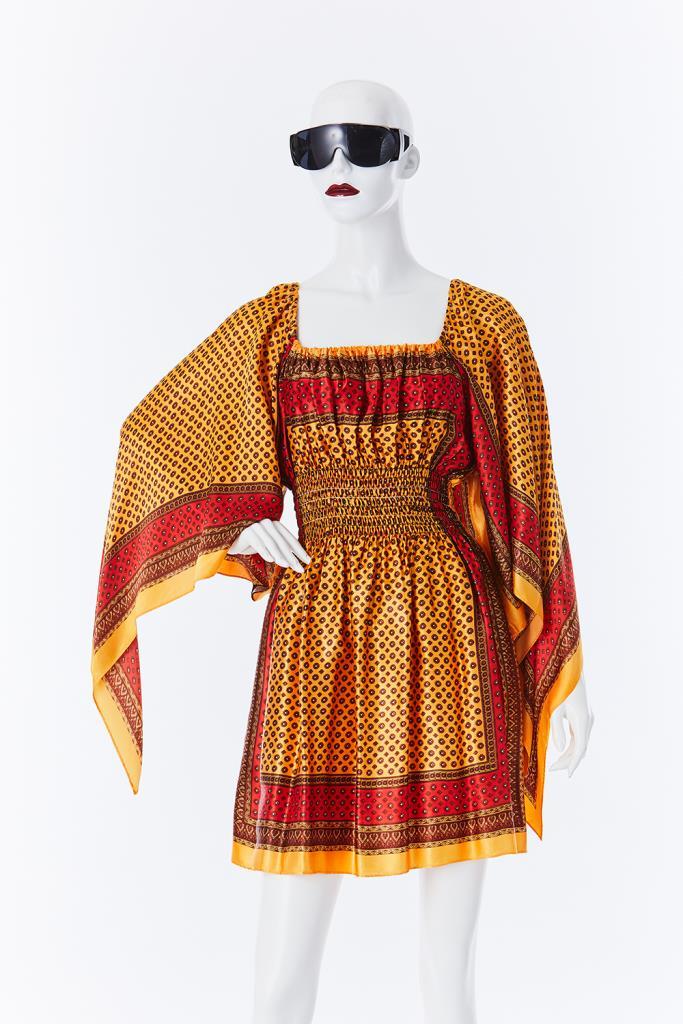 ADR500088 総柄ドレス