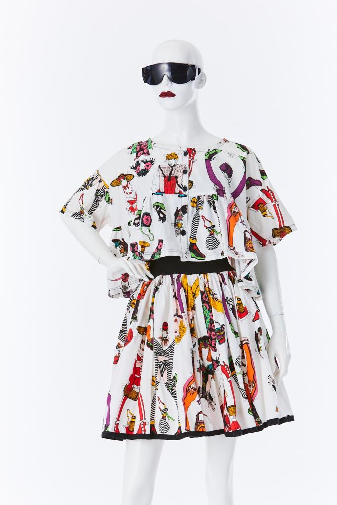 ADR500101 ファッションアイテム柄ドレス