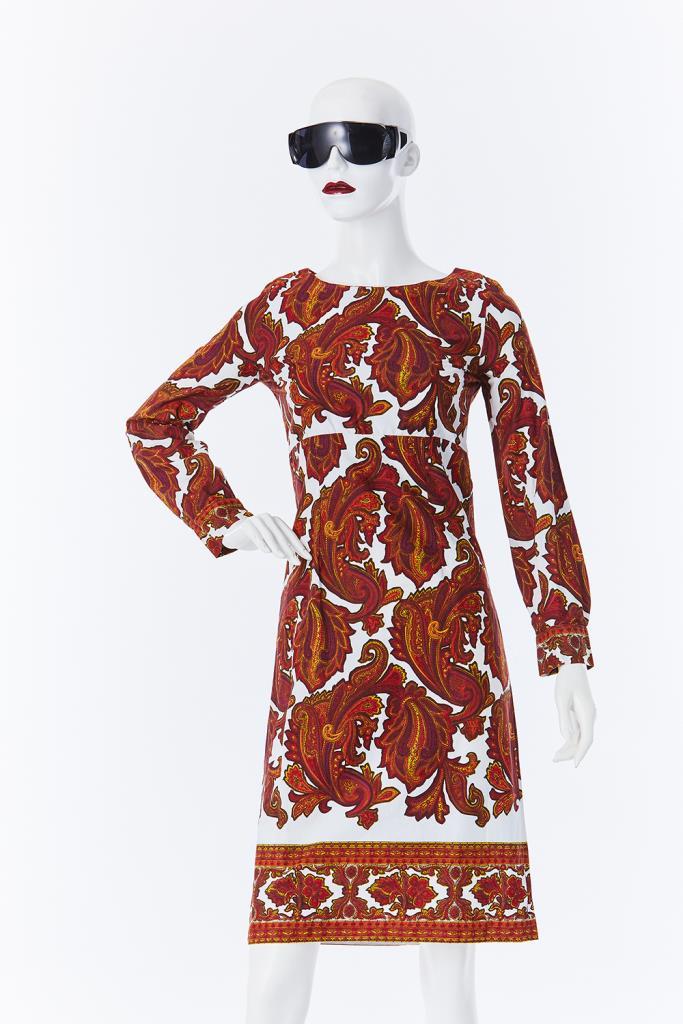ADR500106 総柄ドレス