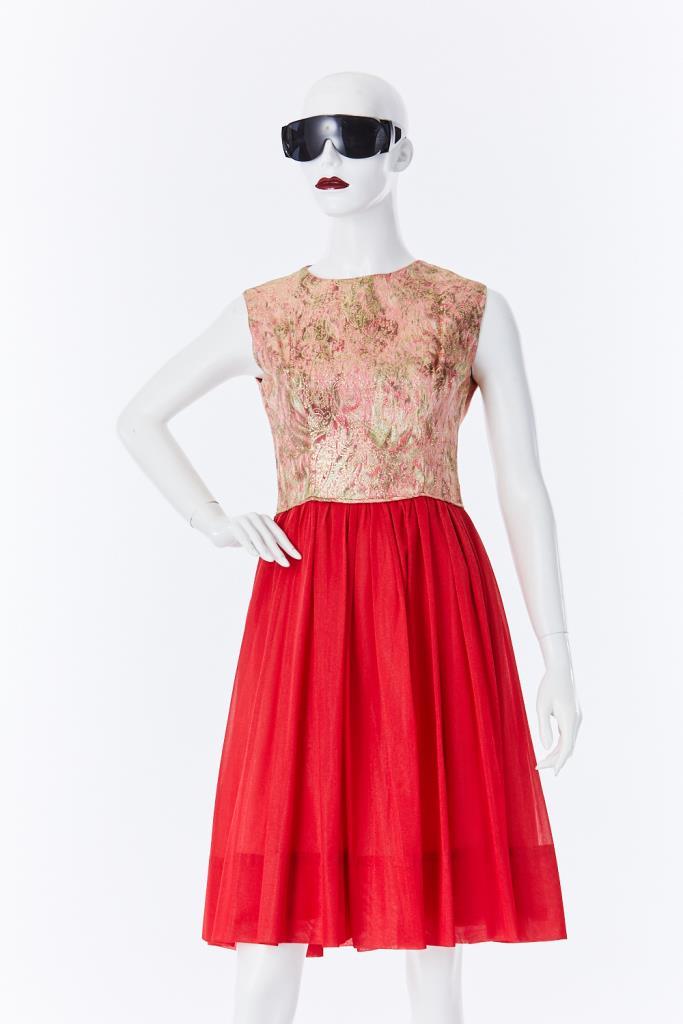 ADR500108 ゴールド刺繍ドレス