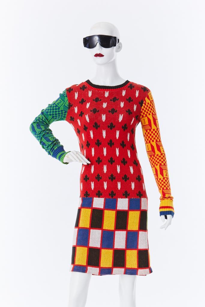ADR500116 総柄ニットドレス