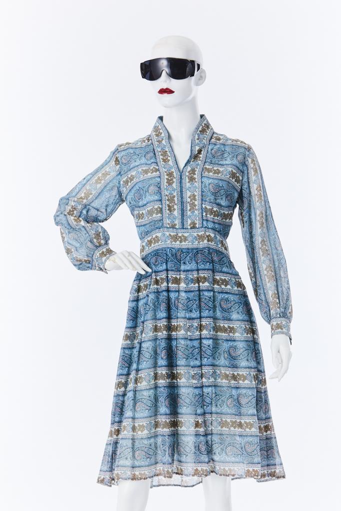 ADR500126 ボタニカル柄ドレス