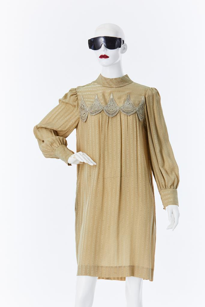 ADR500130 ハイネックドレス
