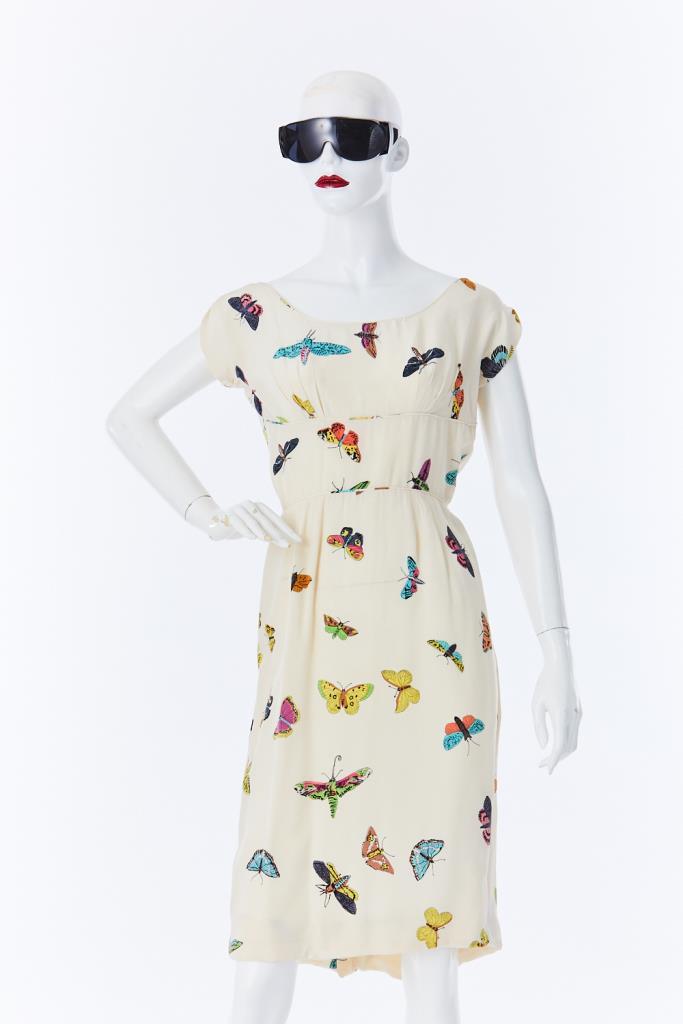 ADR500133 蝶柄ドレス