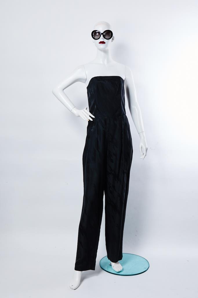 AJU100163 ブラックジャンプスーツ