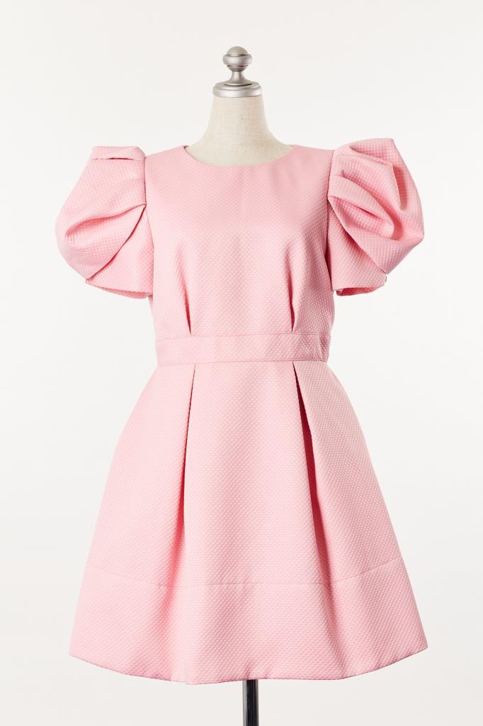 DR100087 薄ピンクパフスリーブドレス