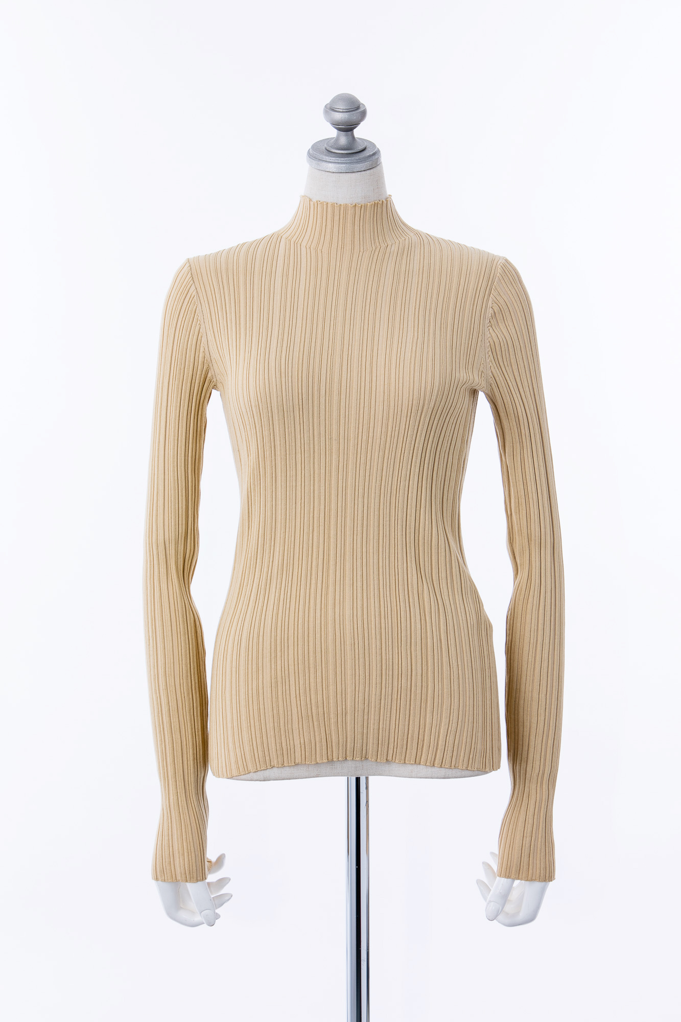 TO555003 Acne