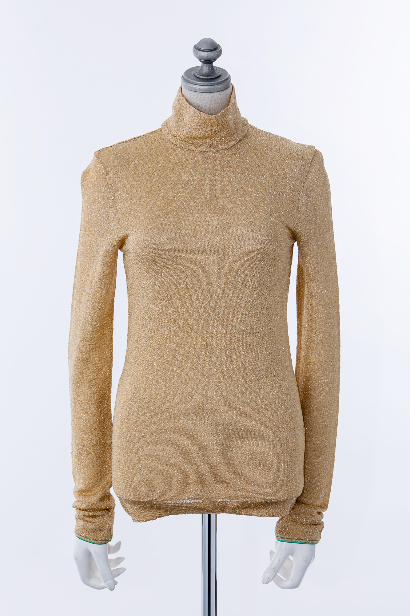TO555108 Acne